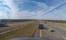 Yoldaki Samanlardan Kaçmak İsterken Kaza Yaptı