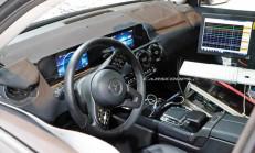 2020 Yeni Mercedes GLB Kokpiti Görüntülendi