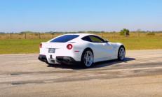 800 Beygirlik Hennessey Ferrari F12'nin Sesine Kulak Verin