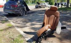 Audi Q7, Rusya'daki Kaza'da Ortadan İkiye Ayrıldı