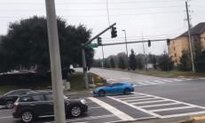 Subaru BRZ Yanlamak İsterken Direğe Yapıştı