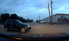VW Tiguan Sürücüsü'nün Dikkatsizliği Kazaya Sebep Oldu