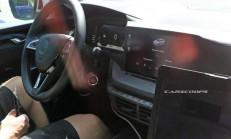 2020 Yeni Kasa Skoda Octavia (MK4) Kokpiti Görüntülendi