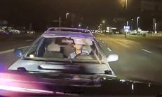 Sarhoş Sürücü Polis Aracına Çarparak Durdu!