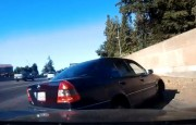 Makas Atan Mercedes Sürücüsü Kazaya Sebep Oldu