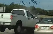 Dikkatsiz Pikap Sürücüsü Feci Kazaya Karıştı