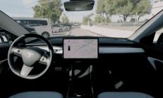Tesla Model 3, Son Güncelleme ile Park Yerinden Kendisi Geliyor