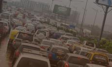 Hindistan, Şehir Kirliliğini Azaltmak İçin Araç Kısıtlamasına Gidiyor
