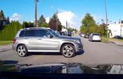Mercedes GLK Sürücüsünün Işık İhlali Kazayla Sonuçlandı