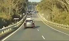 Arkasında Tekne Olan Araç Kontrolden Çıkarsa!