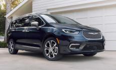 2021 Yeni Chrysler Pacifica Özellikleri ile Tanıtıldı