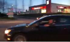 Öfkeli Sürücü Önüne Bakmayınca Kaza Yaptı