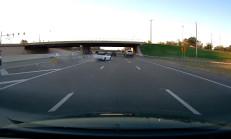 Yolu Kaçıran Camaro Kaza Yaptı