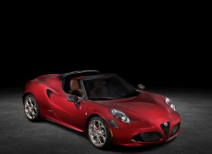 2021 Yeni Alfa Romeo 4C Spider 33 Stradale Tributo Tanıtıldı