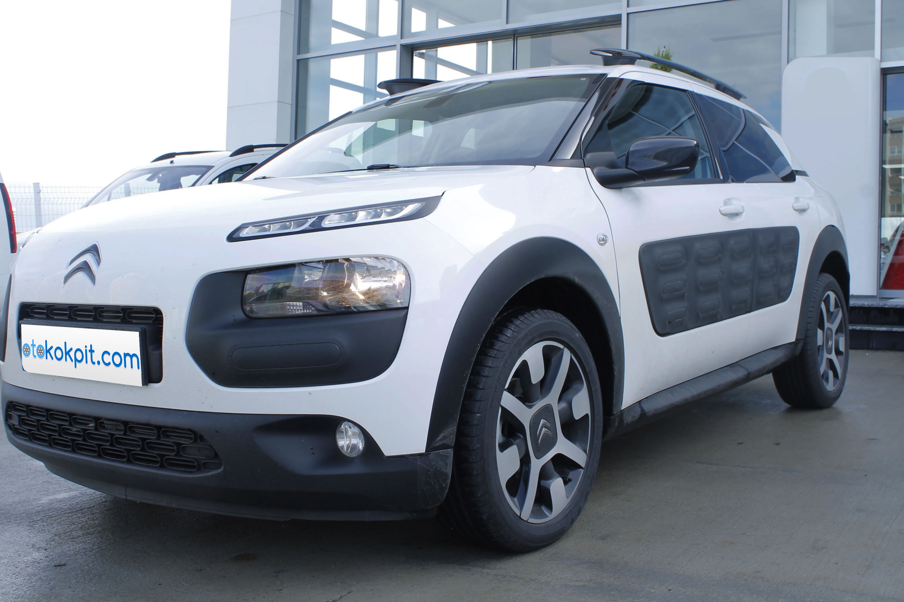 2014 yeni citroen c4 cactus shine. Black Bedroom Furniture Sets. Home Design Ideas