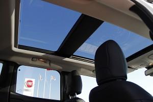 jeep renegade cam tavan