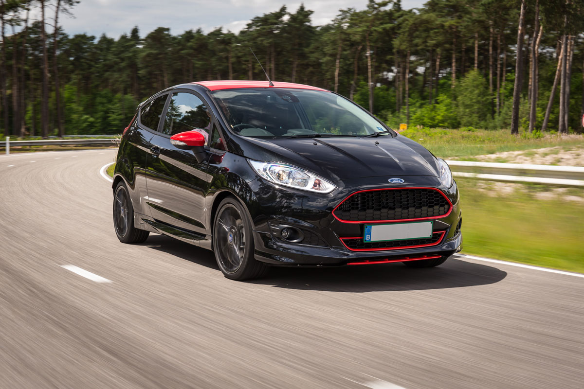 Yeni Ford Fiesta 1 0 Ecoboost 140 Ps Red Black T 252 Rkiye