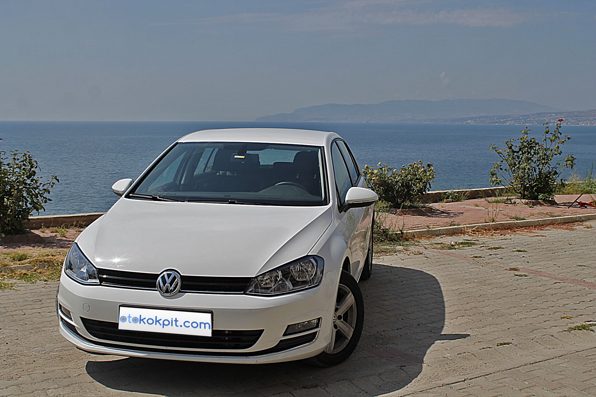 2015 yeni volkswagen golf 7 tdi dsg comfortline testi oto kokpit. Black Bedroom Furniture Sets. Home Design Ideas