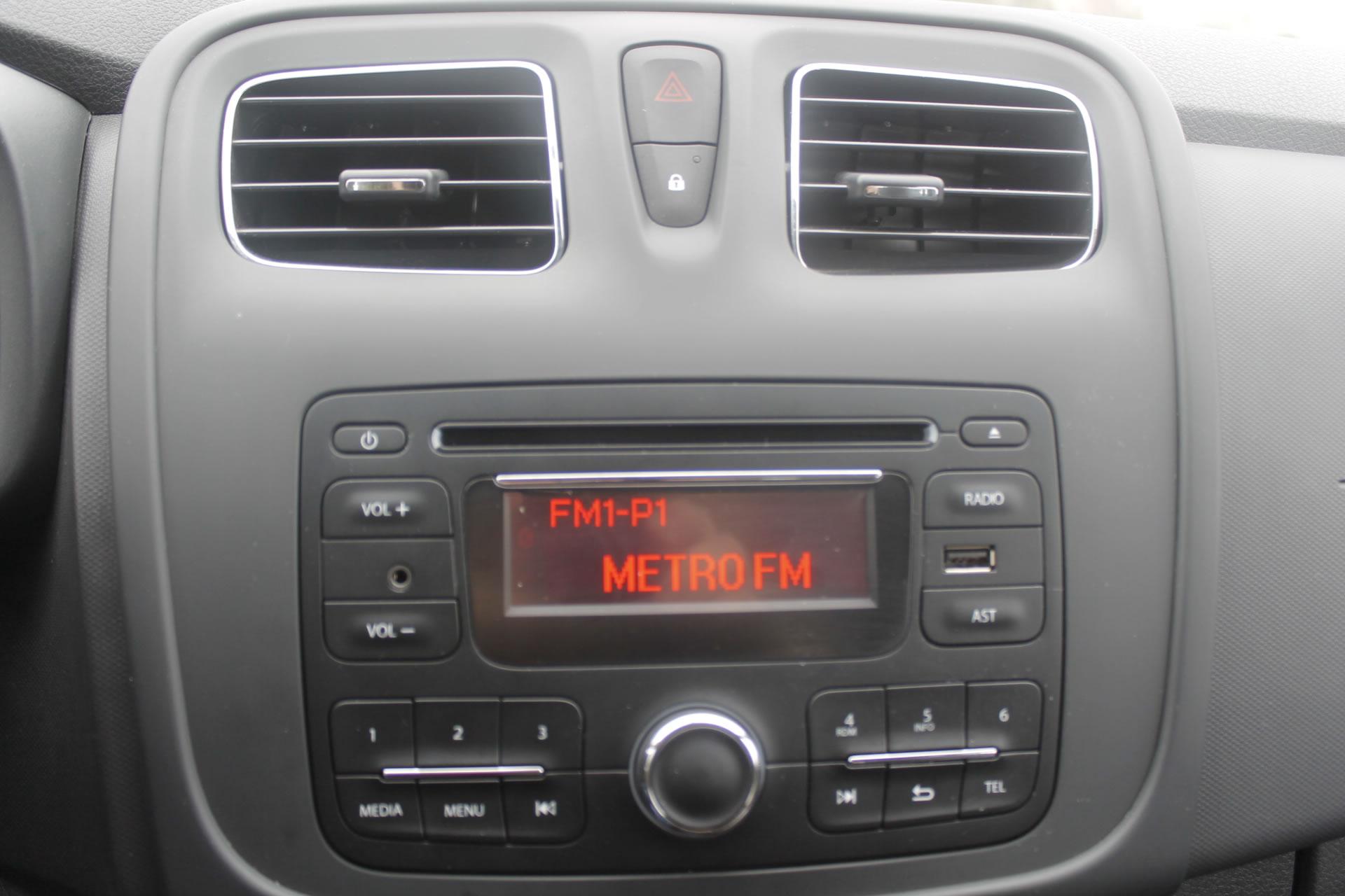 2015 Renault Symbol 1.5 dCi Joy 75 PS İncelemesi - Oto Kokpit