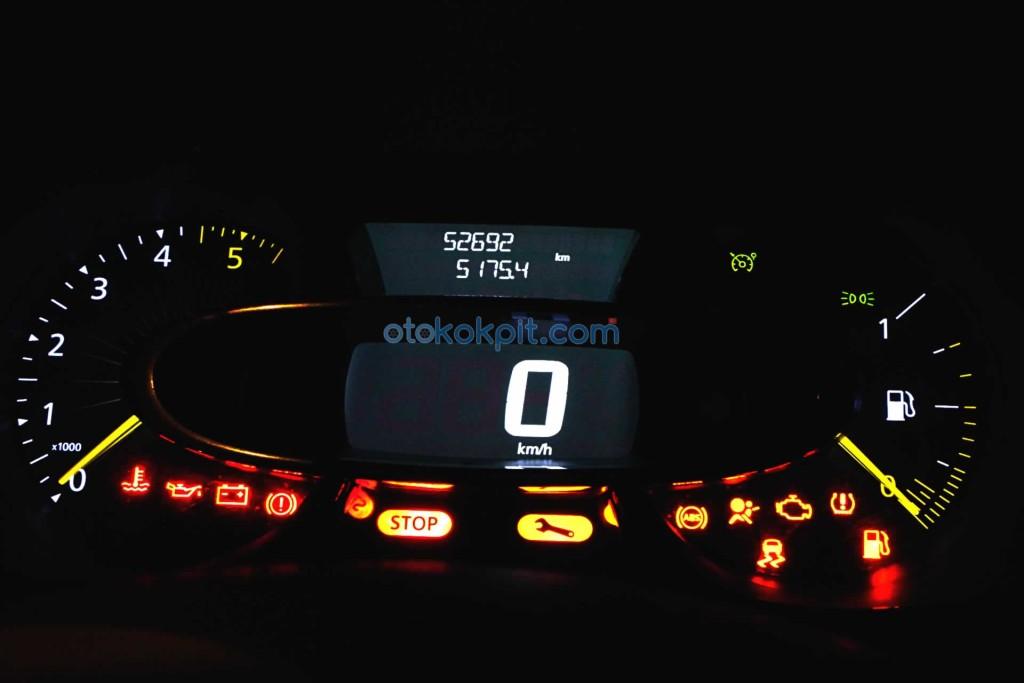 Renault Clio 4 Joy 1.5 dCi Arıza Işıkları