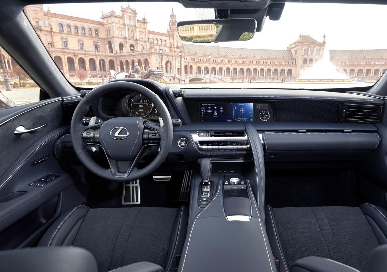 2018 Yeni Lexus LC 500 Kokpiti