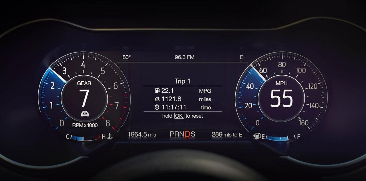 Makyajlı Yeni Ford Mustang Dijital Gösterge Paneli