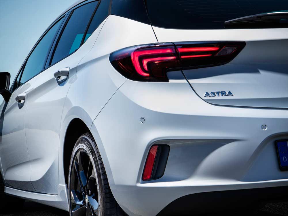 Yeni Opel Astra K OPC Line Sport 1.6 lt 200 PS - Oto Kokpit