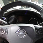 Yeni Opel Insignia Sports Tourer Kokpiti