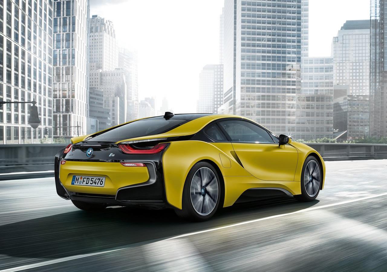 2018 Yeni BMW i8 Protonic Frozen Yellow Teknikl Özellikleri