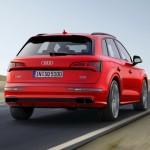 Yeni Audi SQ5 Sahte Egzoz Çıkışları