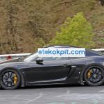Yeni Porsche 718 Cayman GT4