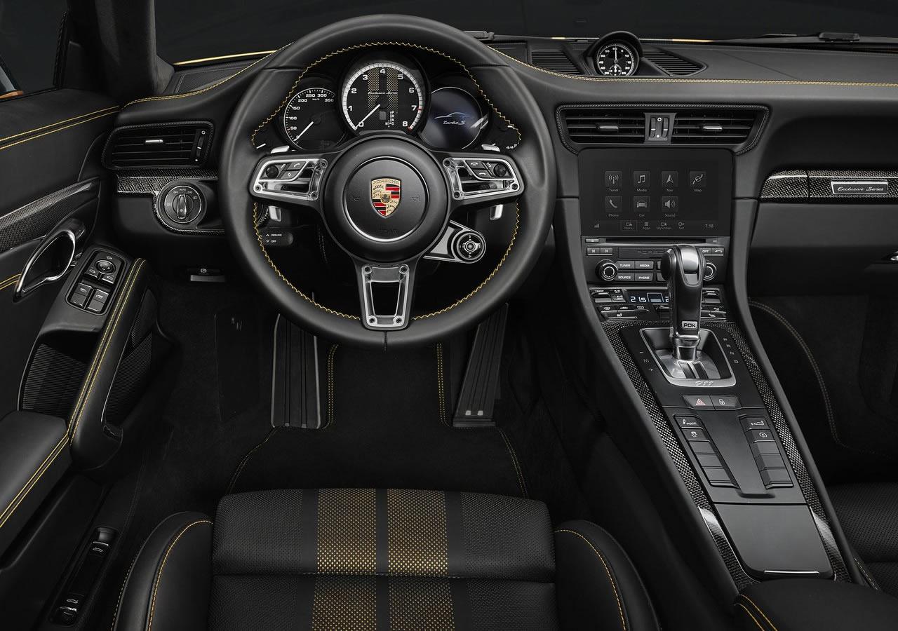 Yeni Porsche 911 Turbo S Exclusive İçi