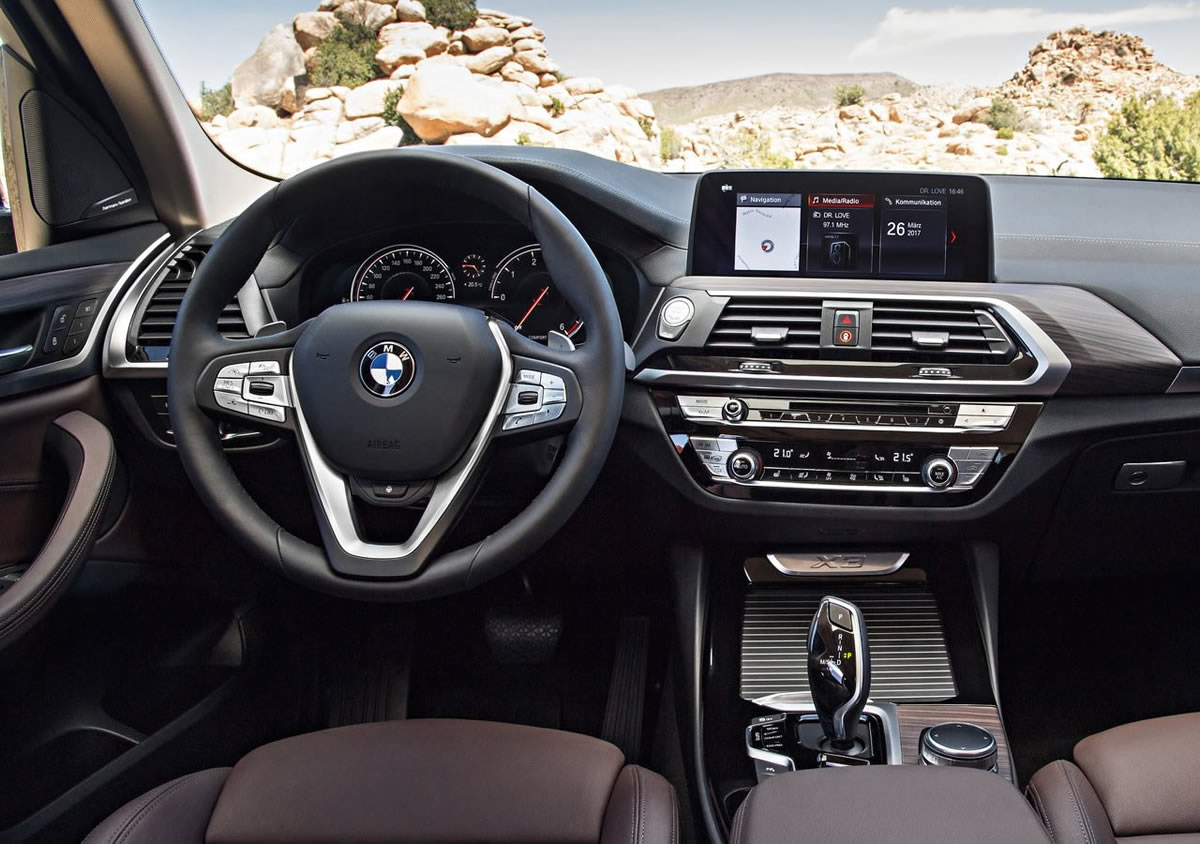 2018 Yeni Kasa BMW X3 Kokpiti