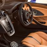Yeni McLaren 570S Spider Kokpiti