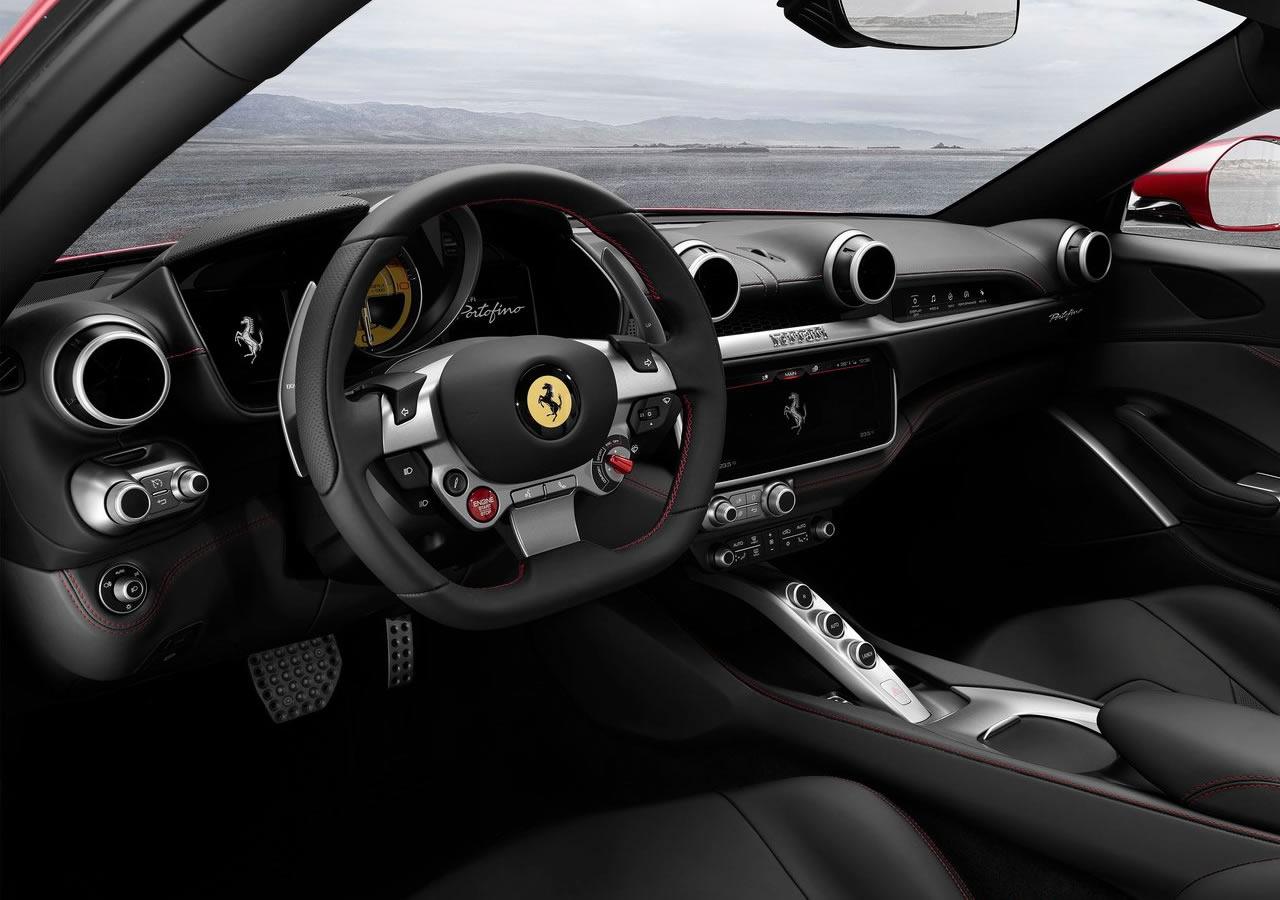 2018 Yeni Ferrari Portofino Kokpiti