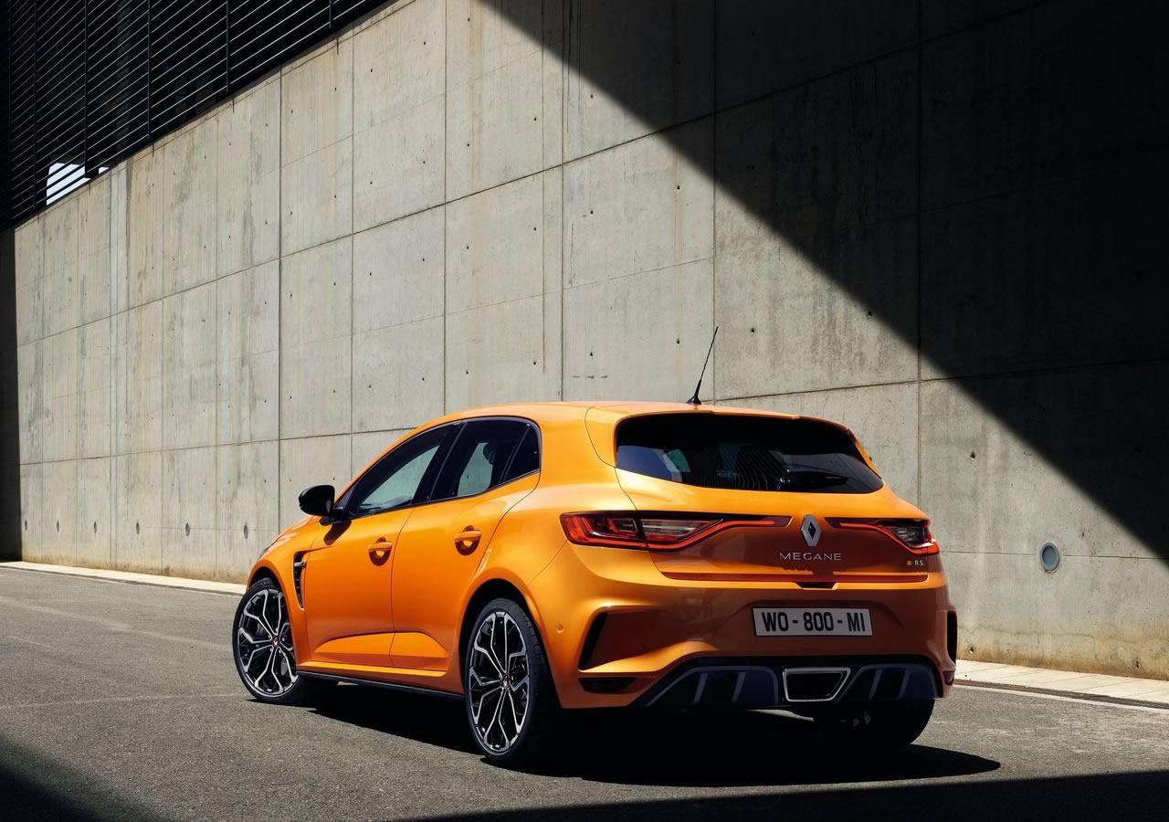 2018 Yeni Kasa Renault Megane 4 RS Özellikleri