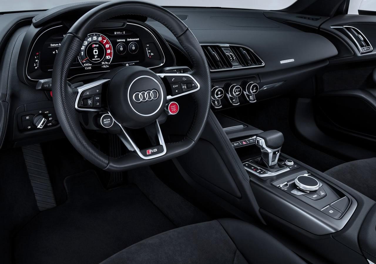 2018 Yeni Audi R8 V10 RWS Kokpiti