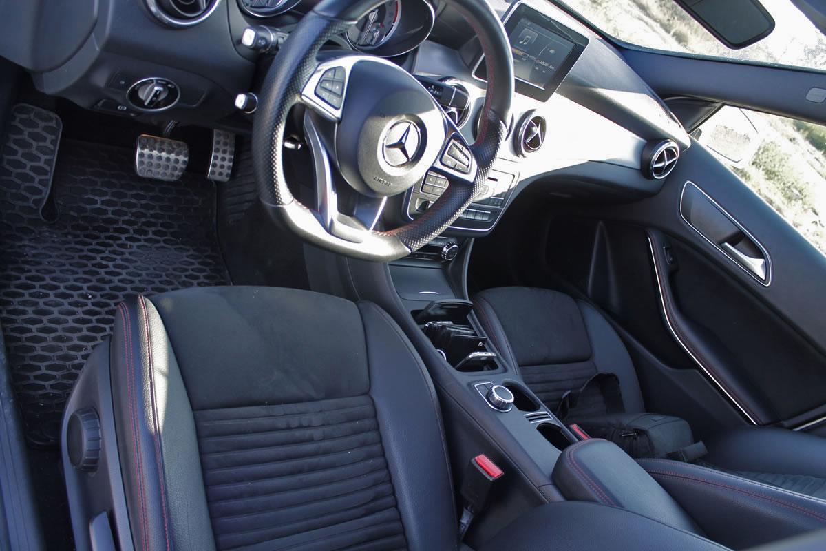 Mercedes GLA 180d AMG  İçi