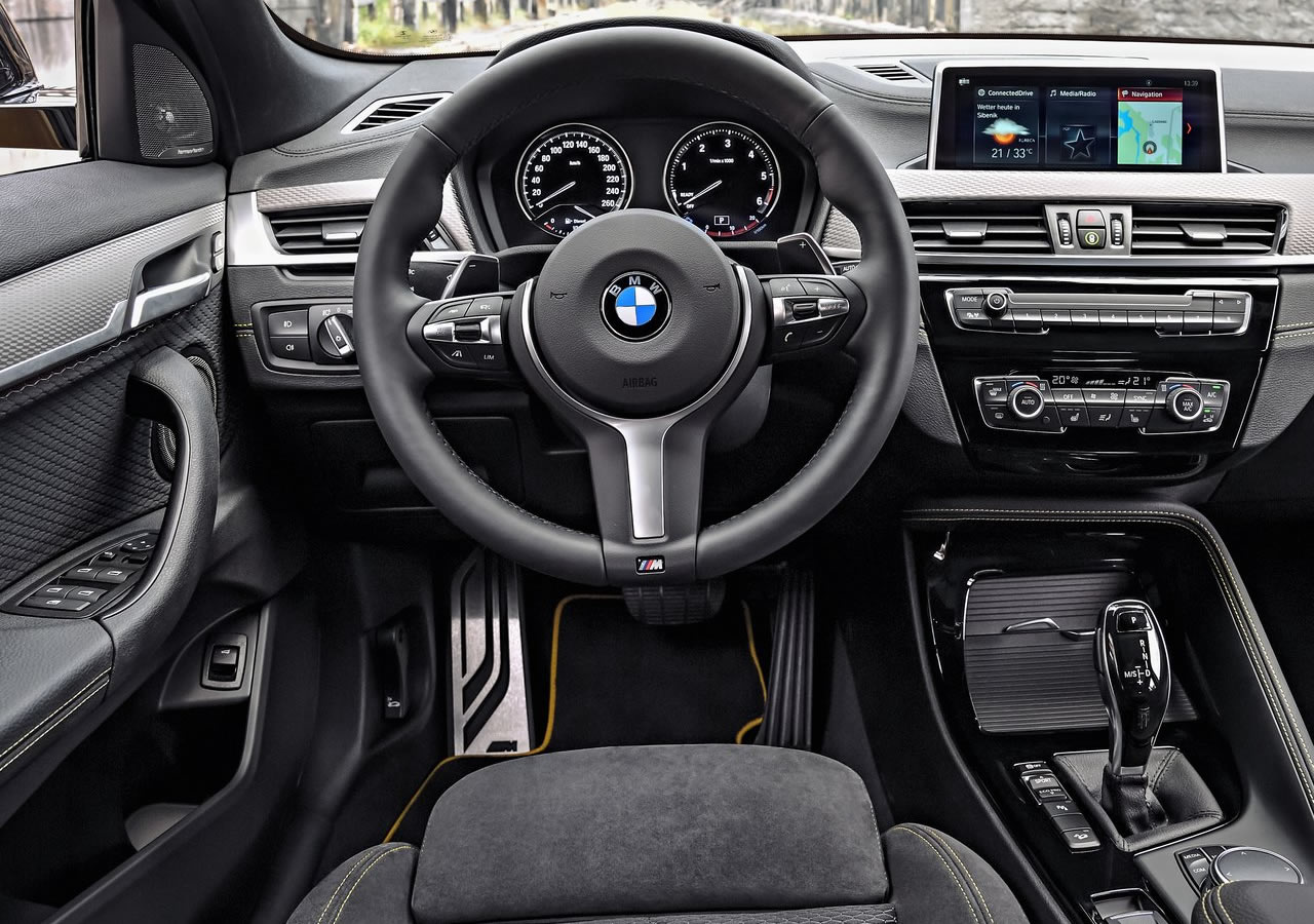 Yeni BMW X2 Kokpiti