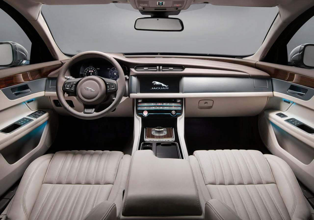 Yeni Jaguar XF Sportbrake Fotoğrafları