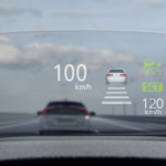 Yeni Mitsubishi Eclipse Cross Head Up Display