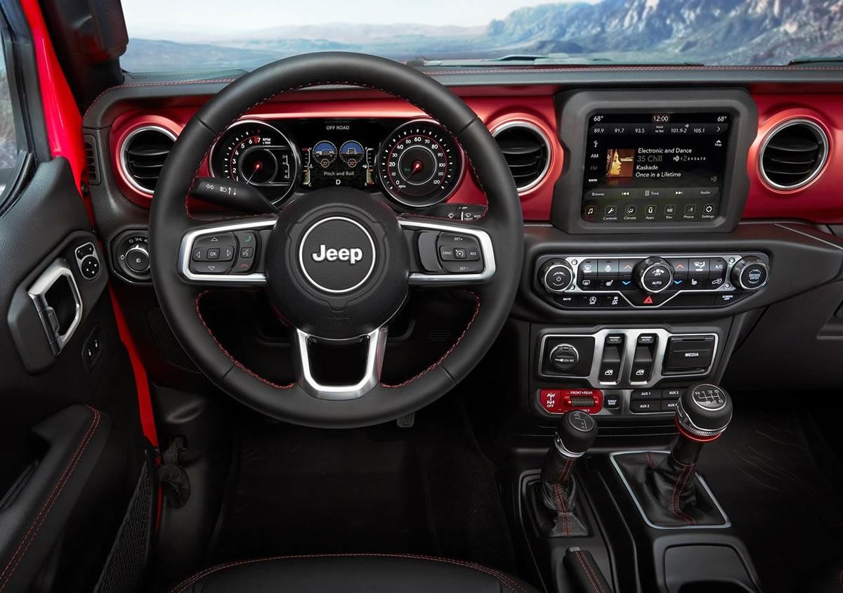 2018 Yeni Jeep Wrangler Kokpiti
