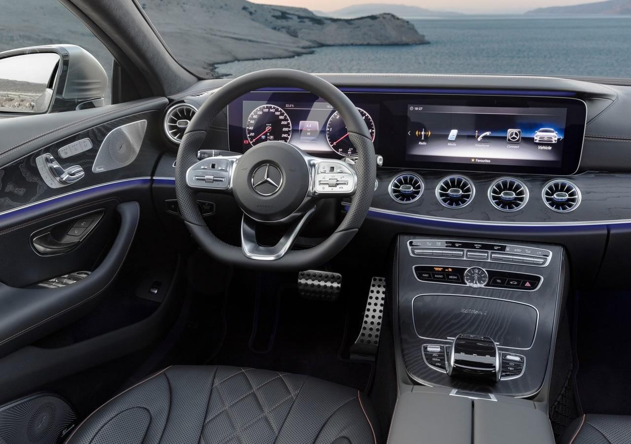 2019 Yeni Kasa Mercedes Benz Cls Kokpiti Oto Kokpit