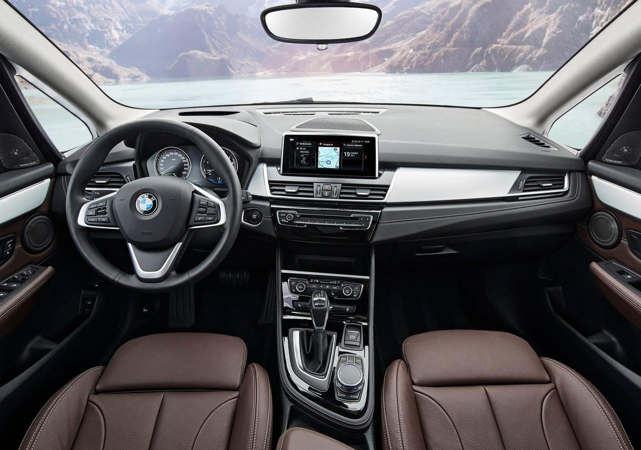 2019 Yeni BMW 225xe iPerformance Fotoğrafları