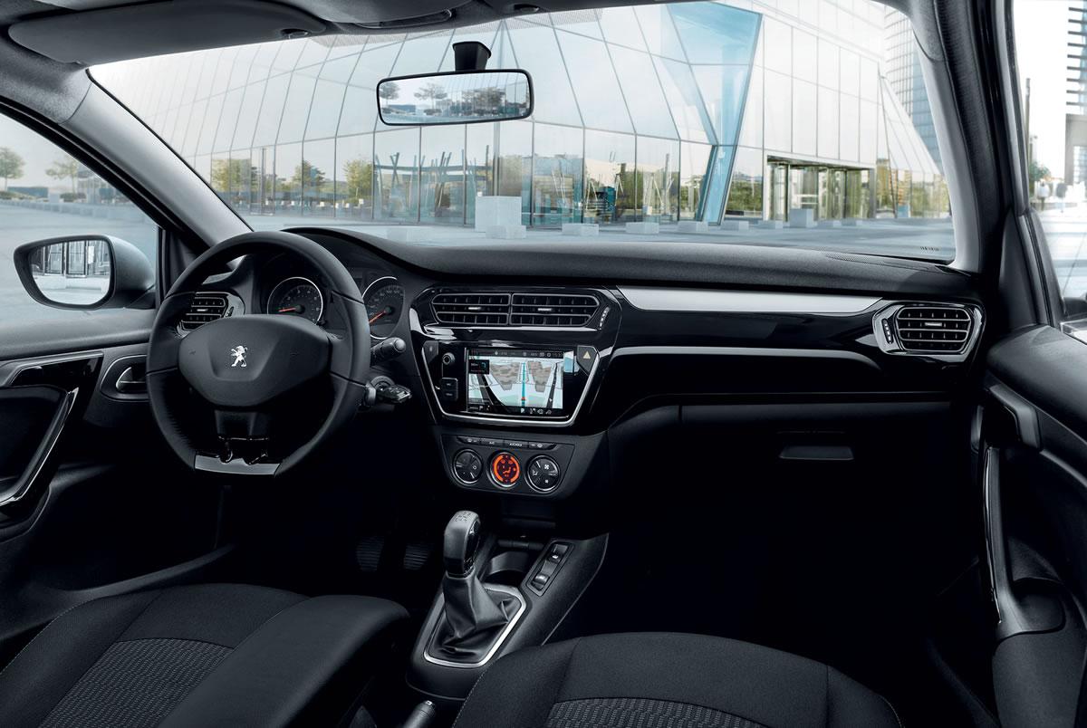Yeni Peugeot 301 1.6 BlueHDi 100 Kokpiti