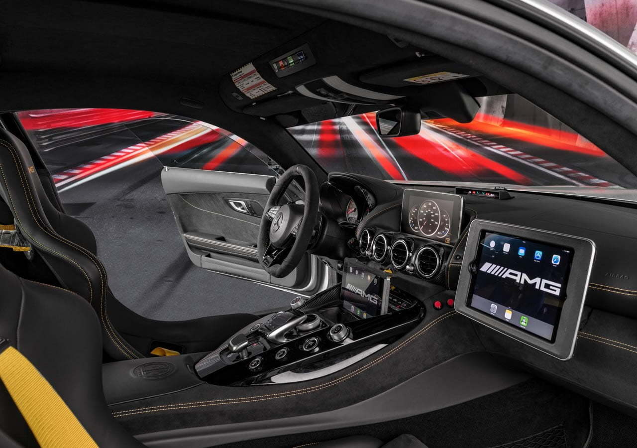 Mercedes-Benz AMG GT R Formula 1 Güvenlik Aracı