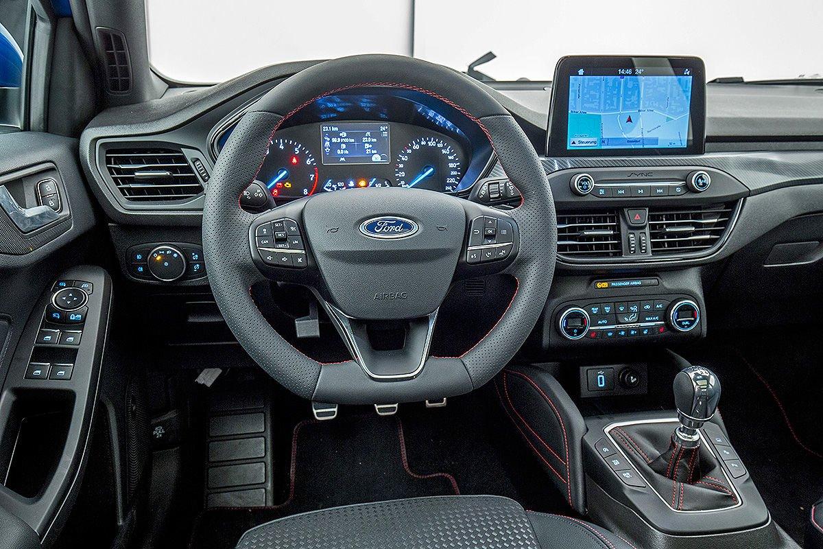 2019 Yeni Kasa Ford Focus Kokpiti