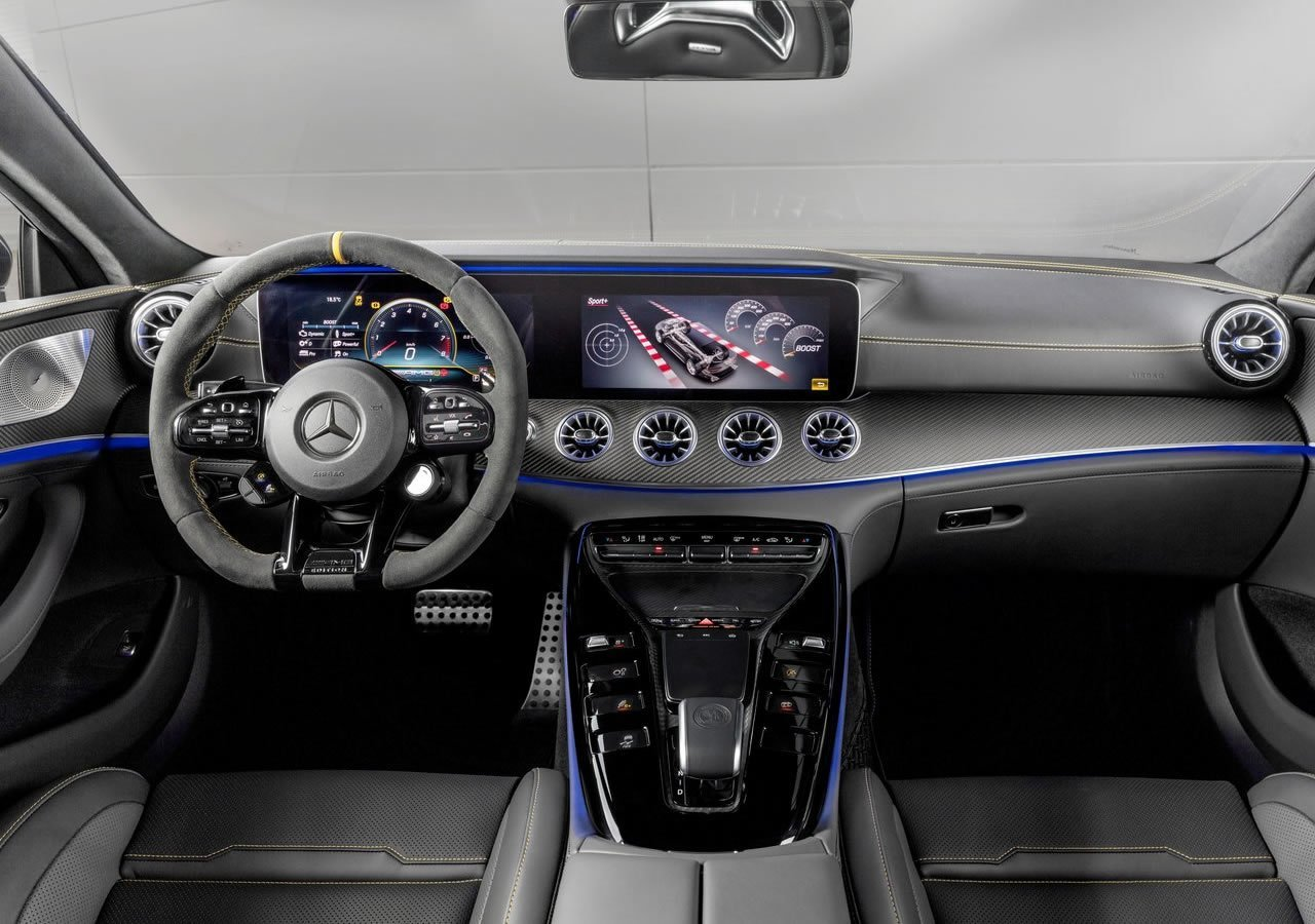 4 kapılı Mercedes-AMG GT63 S Edition 1 Kokpiti