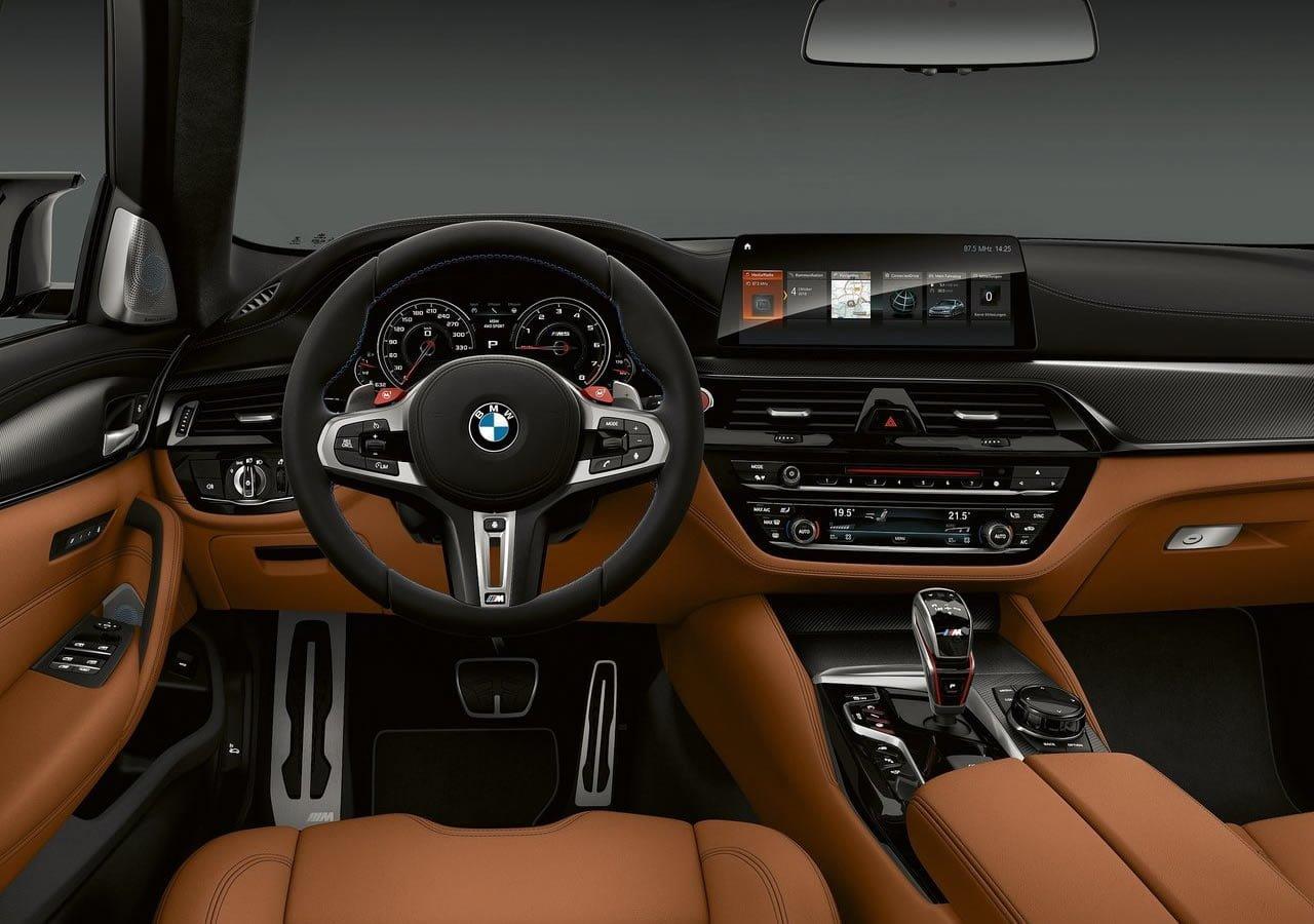 Yeni BMW M5 Competition İçi