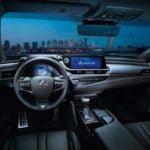 Yeni Kasa Lexus ES Kokpiti